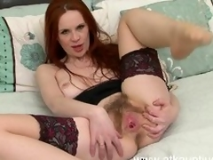 hairy pussy wet